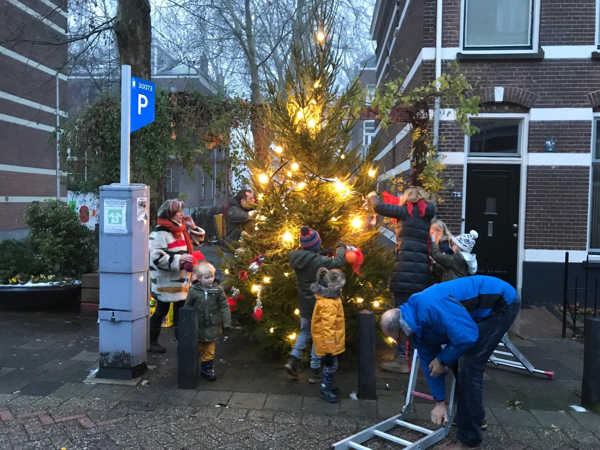 kerstboom versieren 18 2