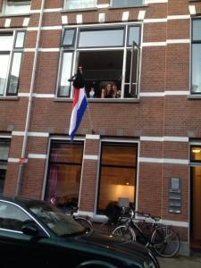 Tessel Frankfort, WB-straat 13A is geslaagd voor het vwo op Het Nieuwe Lyceum in Bilthoven. Gaat in haar tussenjaar een semester in de VS studeren.